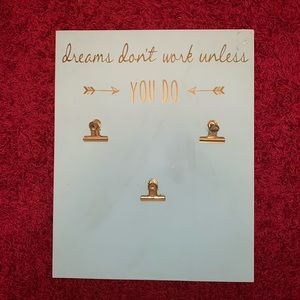 """""""Dreams don't work unless you do"""" Wall Art"""